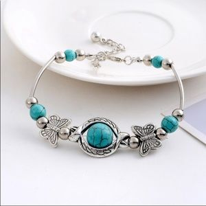 Jewelry - ⭐️ LAST 1! Silver Turquoise Beads/Charm Bracelet⭐️